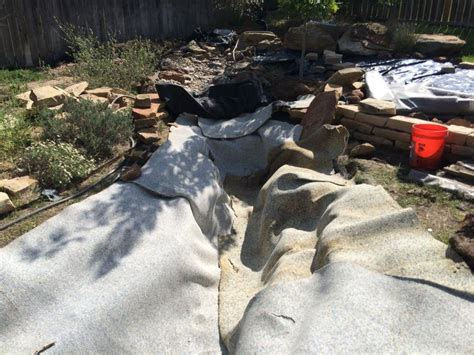 Landscape Rock Underlayment Laying The Pond Underlayment Our Pond The