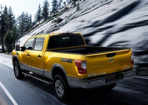 titan nissan 2016 2016 nissan titan xd brings diesel goodness into focus