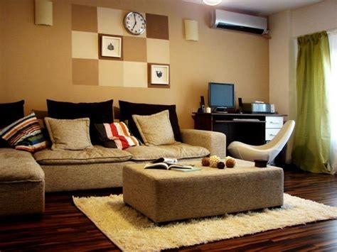 schreibtisch im wohnzimmer kleines wohnzimmer einrichten 20 ideen f 252 r mehr ger 228 umigkeit