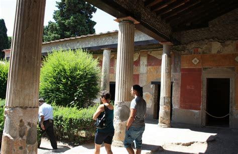 imagenes jardines romanos pompeya casa de octavius quartio viajar a italia