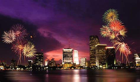 new years miami welcome the new year with the most extravagant fireworks pursuitist
