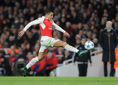 arsenal injury arsenal injury return alexis sanchez could appear against