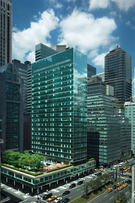 the mortgage house rfr realty defaults on lever house mortgage crain s new york business