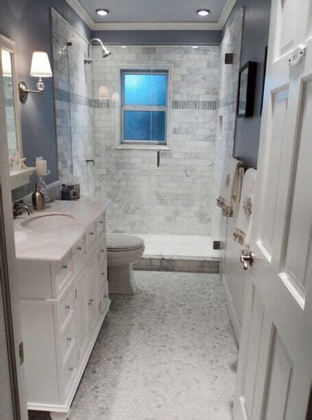Small Bathroom Layout Ideas by 17 Best Ideas About Small Bathroom Layout On