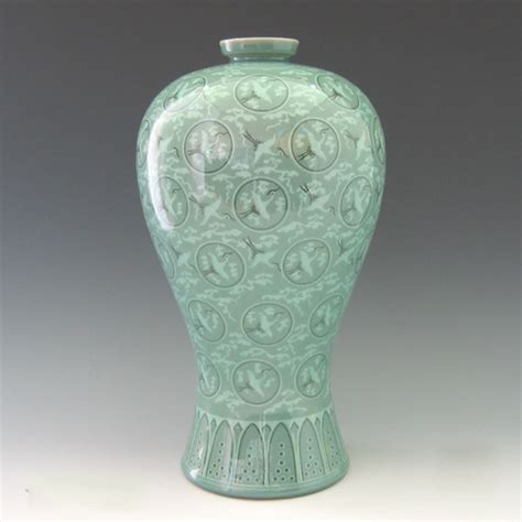 replica of the great 12th century goryeo celadon vase