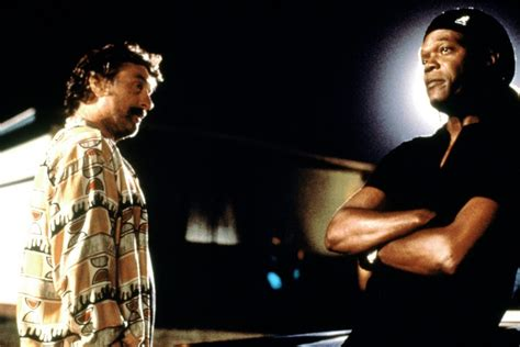 film quentin tarantino robert de niro 1997 jackie brown film 1990s the red list