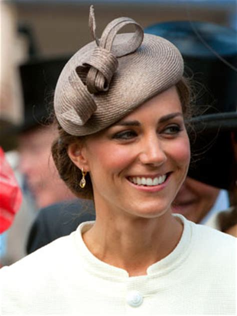 Wedding Hair And Makeup Derby by Kate Middleton S Derby Day Up Do Is A Hit Celebsnow