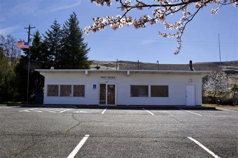 Oregon Post Office by Postal Service Halts Plans To Shutter Thousands Of Post