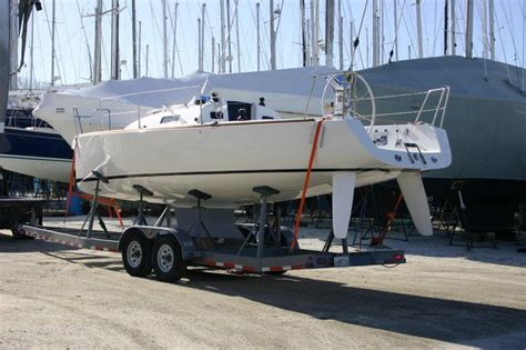 sailboats with twin rudders j 95 keel centerboard configuration with twin rudders