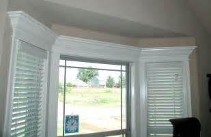 Molding around bay windows decoration ideas for my own house pint