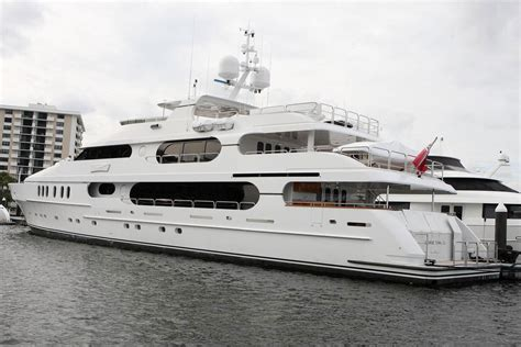 on a boat with a tiger tiger woods yacht privacy for sale extravaganzi