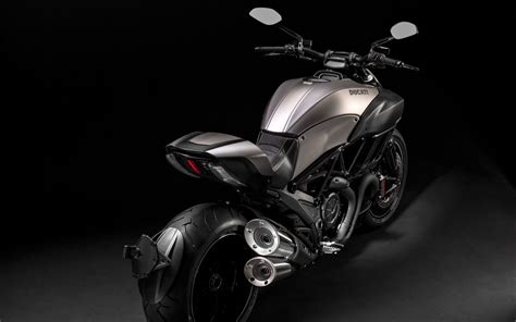ducati diavel titanium wallpapers hd wallpapers