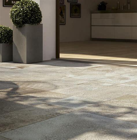 pavimenti per esterni in gres porcellanato pavimento per esterni in gres porcellanato smaltato