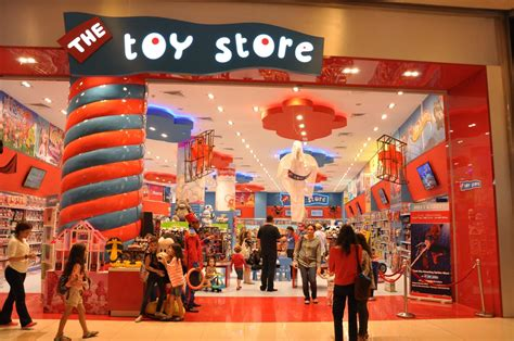 the store middle eastern retailer the store to open