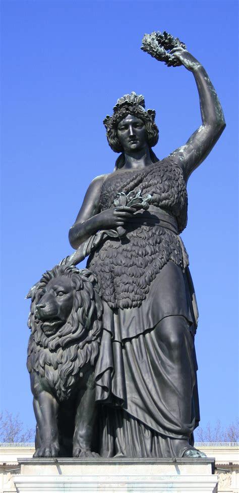 bavaria statue wikipedia
