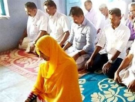 kerala ladies bathroom woman imam leads friday prayers in kerala mosque female