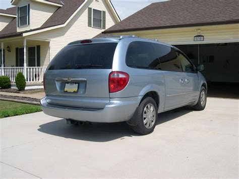 2005 Chrysler Town And Country by 2005 Chrysler Town And Country Information And Photos