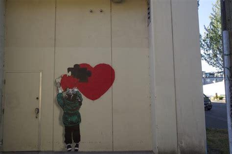 iheart put   secret pieces  street art  vancouver