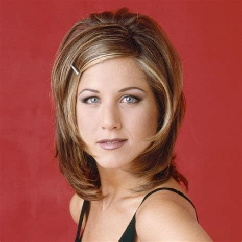pictures of women wearing the rachel haircut 25 best ideas about 1990s makeup on pinterest 90s