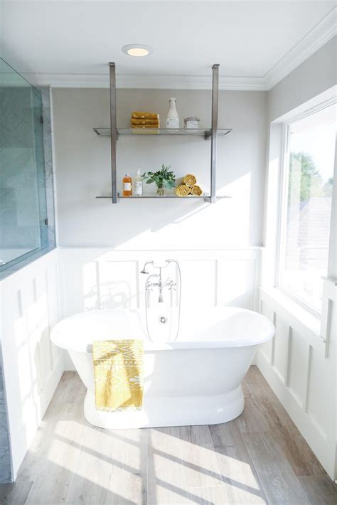 magnolia bathroom 1000 images about homes chip joanna gaines on pinterest fixer upper magnolia
