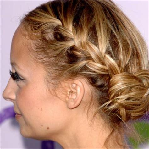 faire des tresses coiffures tress 233 es version femina