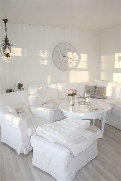 white room decor 26 charming shabby chic living room d 233 cor ideas shelterness