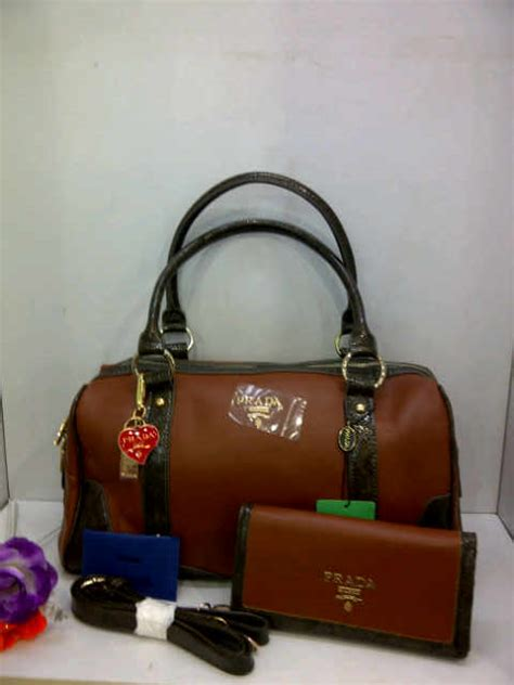 Mks Furla Jellyvkelly Set Dompet prada deschick style collection