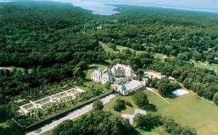 Oheka castle seven stars global hospitality awards follow our