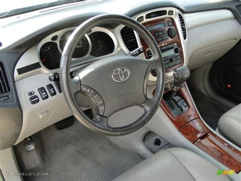 2004 Toyota Highlander Interior by Ivory Interior 2004 Toyota Highlander Limited V6 Photo