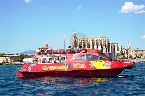 boat trip palma city sightseeing boat trip palma de mallorca harbour tour