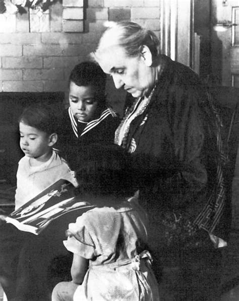 jane addams and the hull house alf img showing gt jane addams hull house