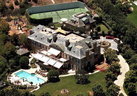 celebrities houses rod stewart beverly hills celebrity homes lonny