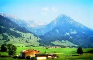 haus und grund bayern haus im bayrischen stil typisches haus in bayern