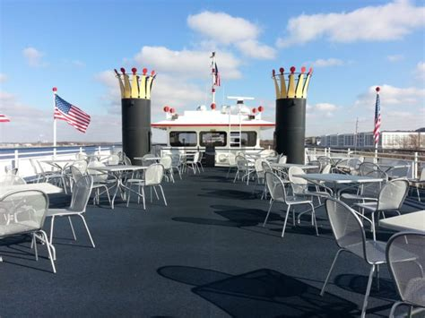 mississippi river boat dinner cruises iowa cruise the mississippi river to experience iowa s natural