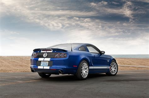 2014 shelby mustang gt sc rear three quarters photo 19