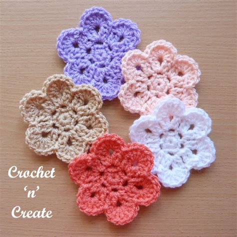 flower pattern edge curved edge flower free crochet pattern crochet n create