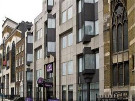 london tower hill premier inn premier inn london city tower hill in united kingdom