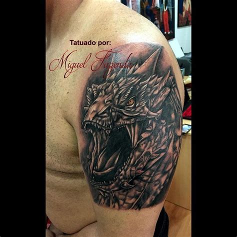 smaug tattoo 17 best ideas about hobbit on lotr