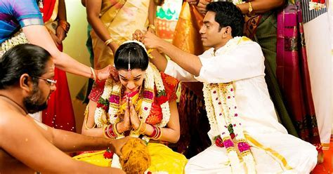 Best Knot Tying Moments in Tamil Wedding