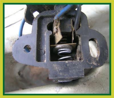 Switch Rem vespa maker saklar rem vespa vespa brake switch