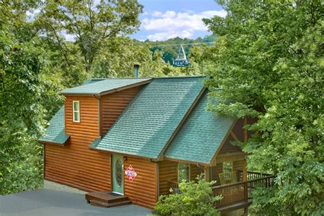 one bedroom cabin rentals in gatlinburg tn one bedroom cabin in gatlinburg near downtown and ober