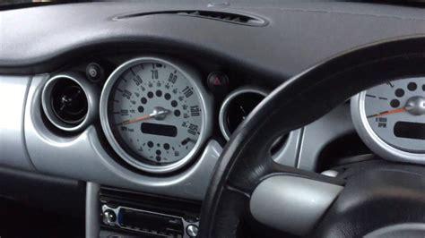 service manual remove the dash in a 2004 mini cooper