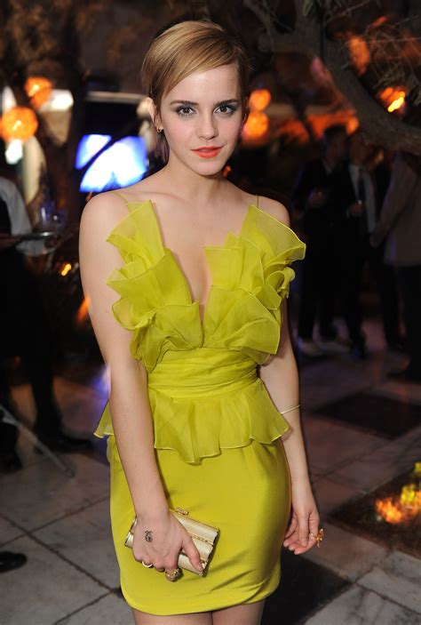 Women Emma Watson yellow dress wallpaper   2022x3000