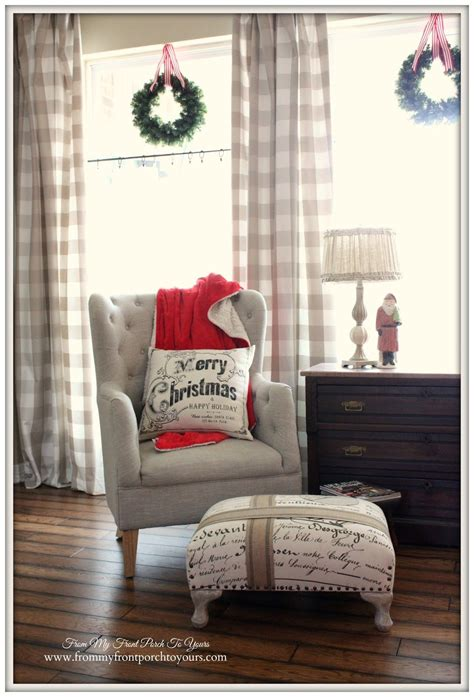 Farmhouse Vintage Christmas Living Room   christmas Pop