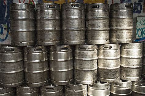 how much is a keg of keystone light test your iq