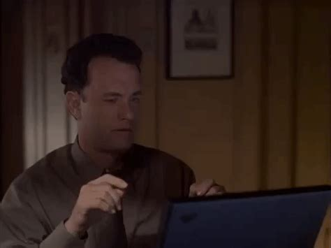 Tom Hanks Animated - gif find on giphy