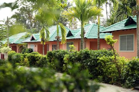 Coorg Resorts And Cottages by Palm Era Resorts Coorg Book Rooms 3300 Goibibo
