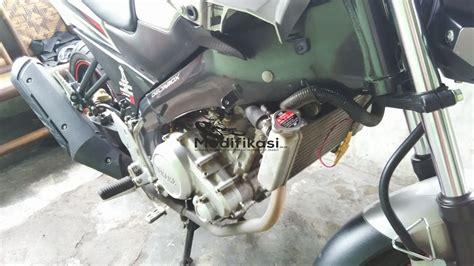 Portone Air Radiator 1 Lt Merah cara mengganti air radiator motor vixion yang baik dan benar modifikasi co id modifikasi co id