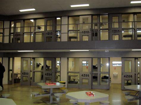 Peoria County Search Coroner Peoria County Inmate Dies Of Meningitis Peoria Radio