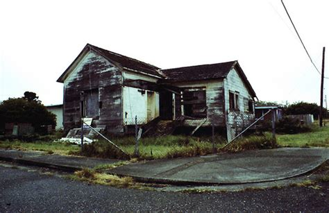 condemned house condemned house flickr photo sharing